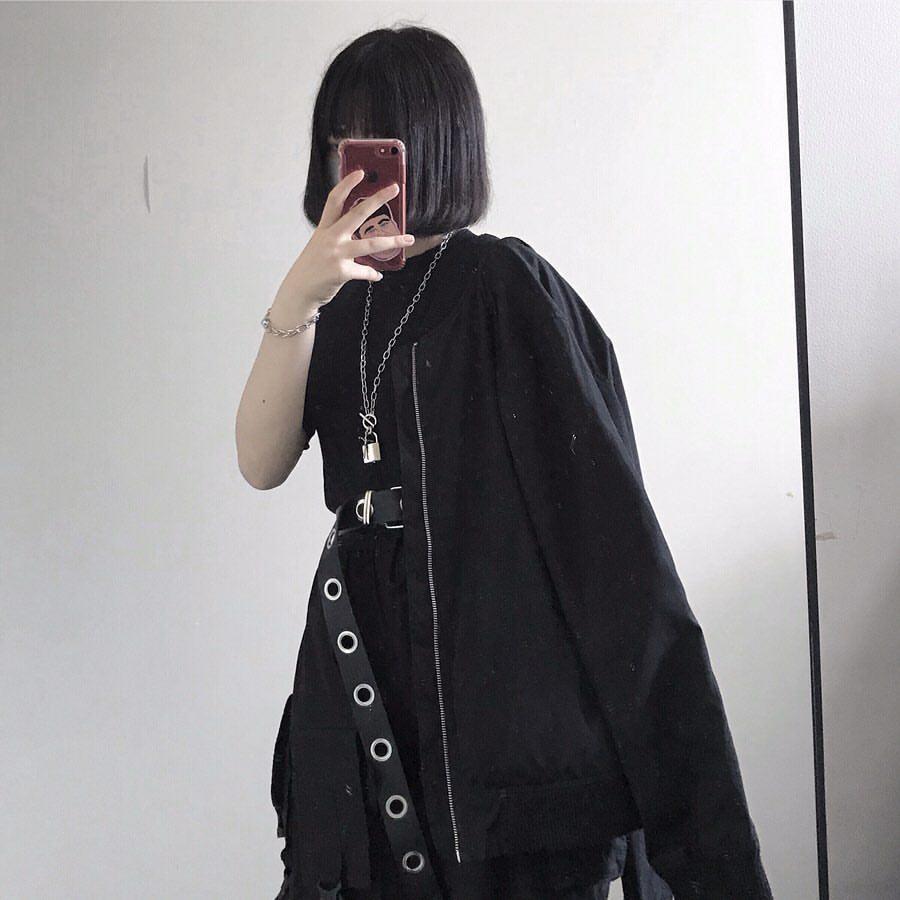 〈インフルエンサー紹介〉10代 ファッション中心 フォロワー数 8.1万人