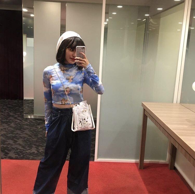 〈インフルエンサー紹介〉 . 10代 ファッション中心 フォロワー数 12,000人