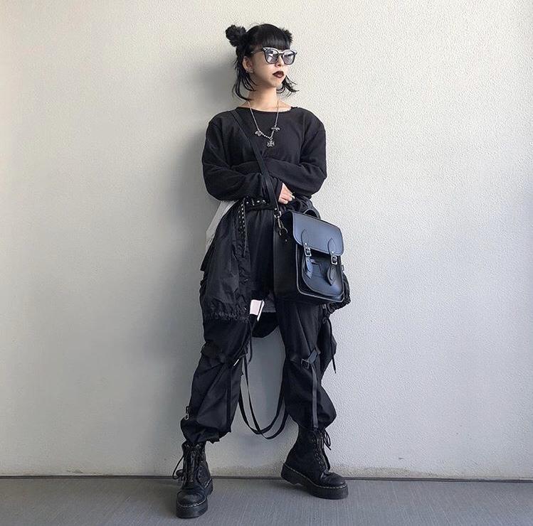 〈インフルエンサー紹介〉20代 ファッション中心 フォロワー数 1.4万人